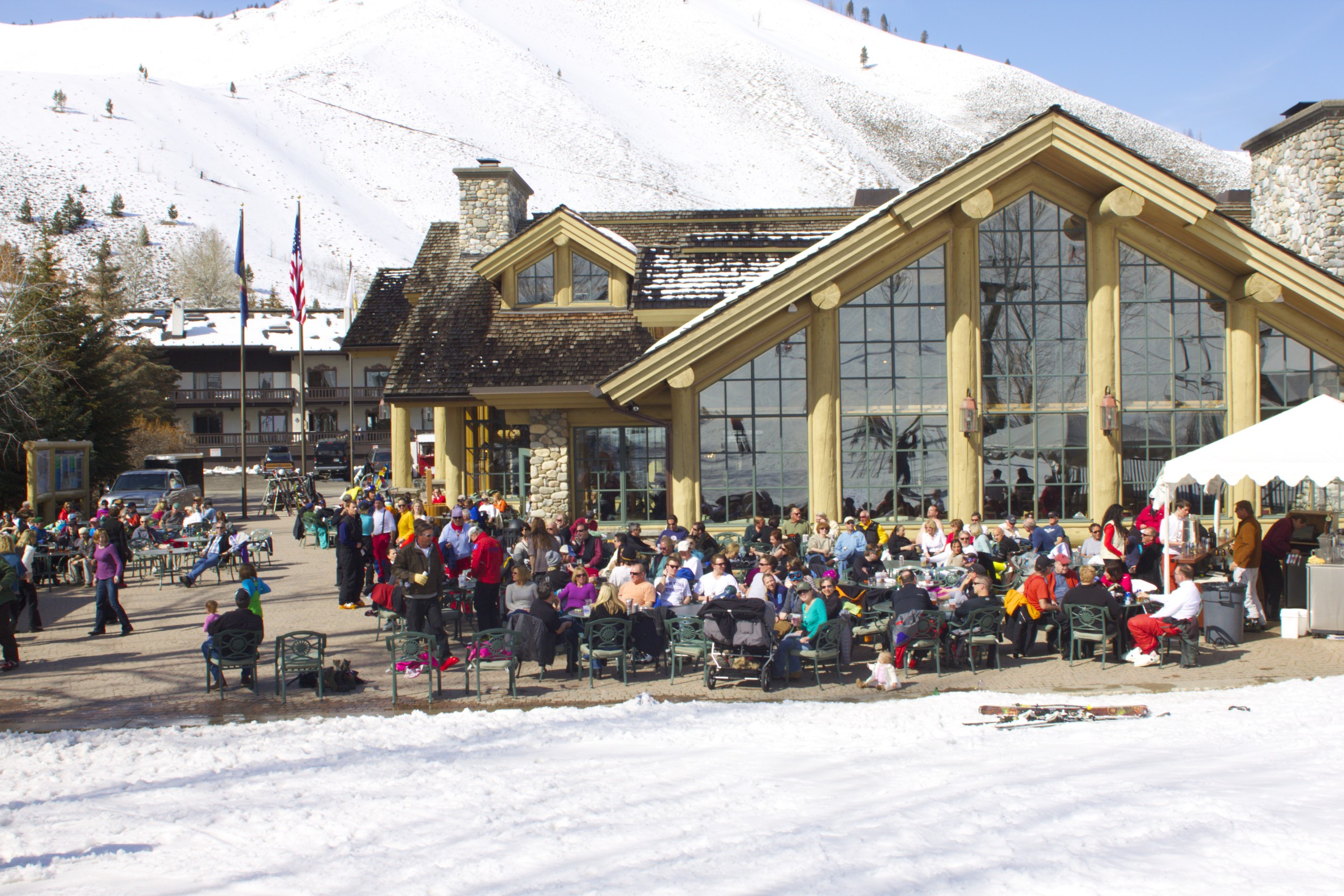 Spring Apres Ski at Sun Valley